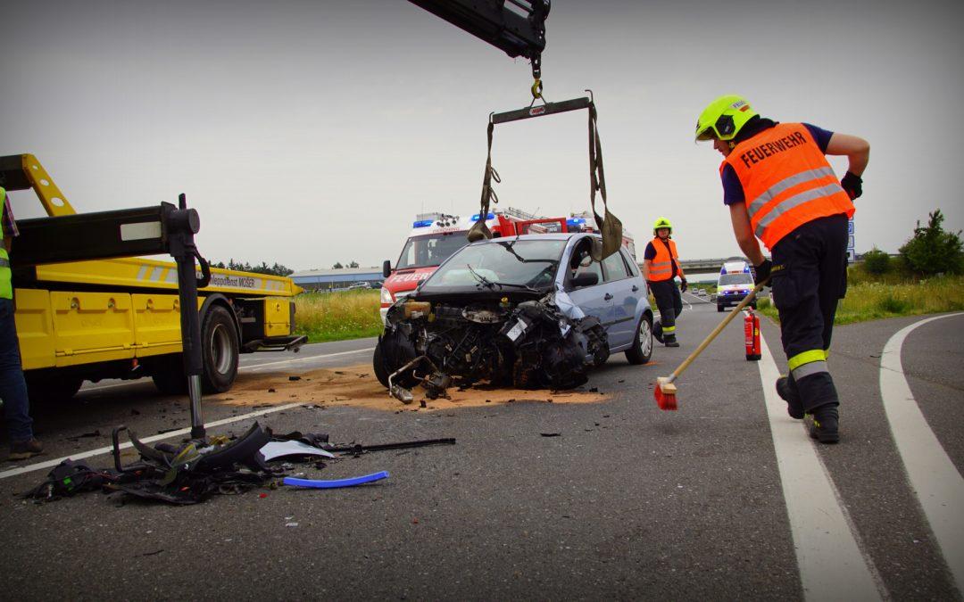 Unfall mit LKW endet glimpflich!